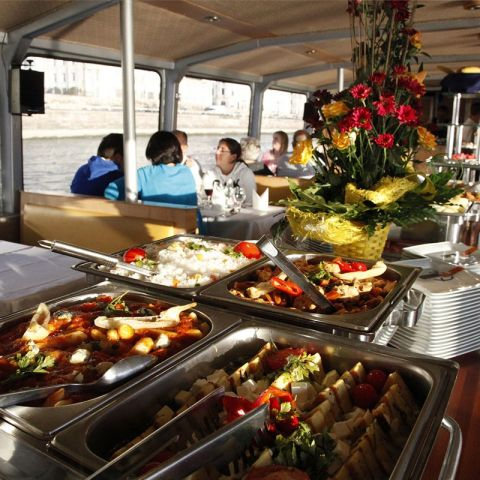 Cruise & Lunch Budapest